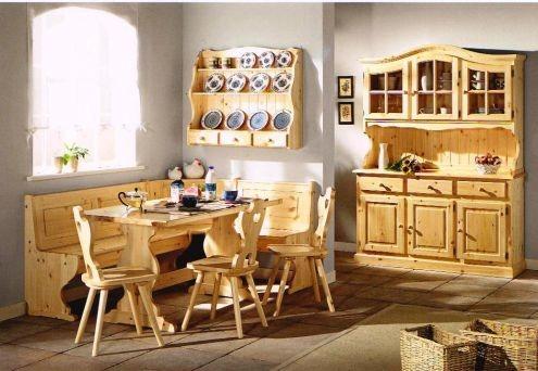mobili rustici: legno massello, essenze