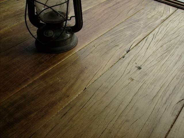 Pavimenti Rustici In Legno : Pavimento rustico legno: parquet anticato